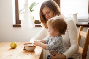Salário maternidade: saiba quem tem direito