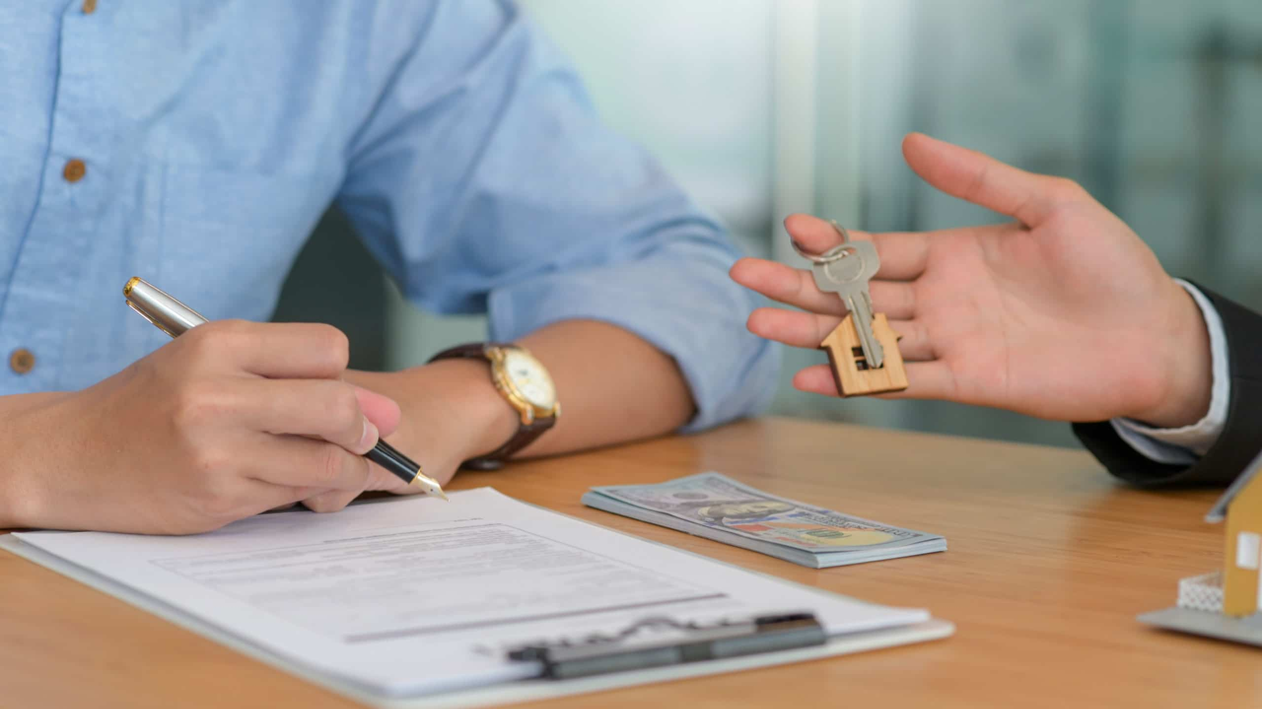 Read more about the article Contrato de compra e venda de imóvel: vou precisar de um advogado?